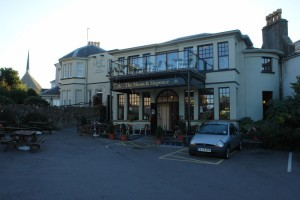 Moon And Sixpence, a seaside pub in Clevedon